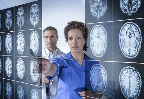 Các nhà nghiên cứu so sánh kết quả scan não của những người mắc chứng ADHD và người bình thường. Ảnh: Health.